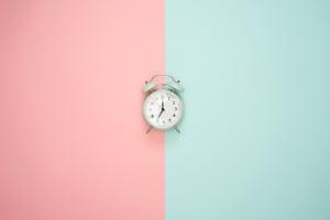 alarm-clock-art-background-1037993